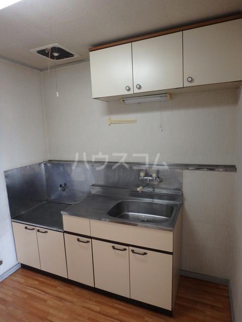 朔ハイツ 402号室のキッチン