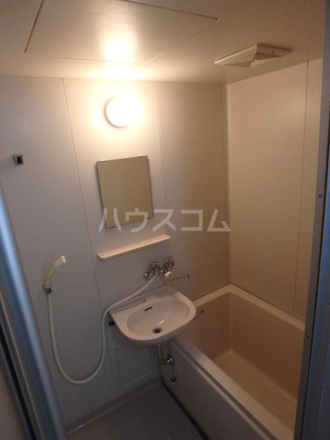 朔ハイツ 402号室の風呂