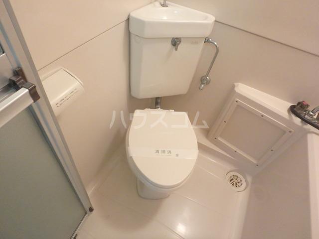 ハイツ下小出 205号室のトイレ