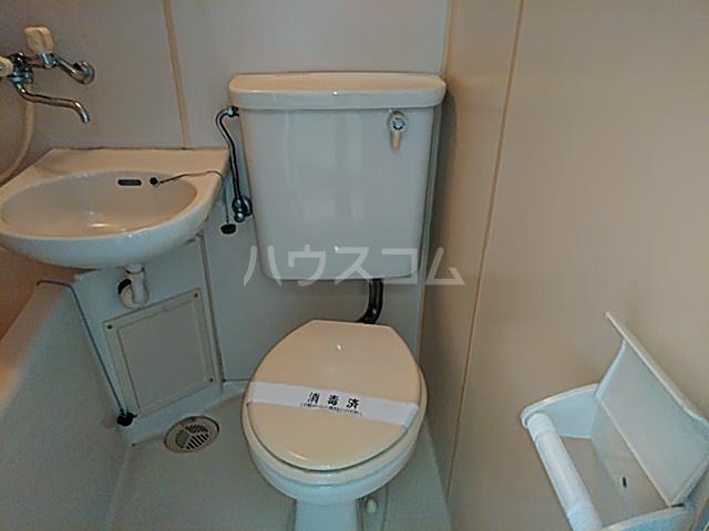 アーバニーハイム磯部 204号室のトイレ