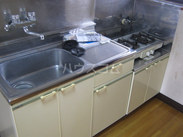 パーソナルハイツ 205号室のキッチン