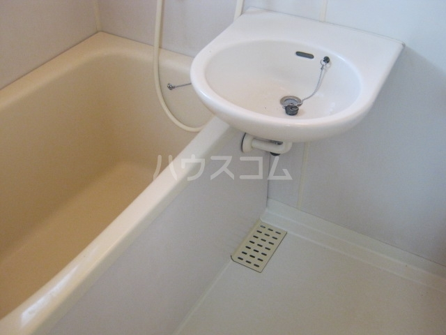 パーソナルハイツ 205号室の風呂