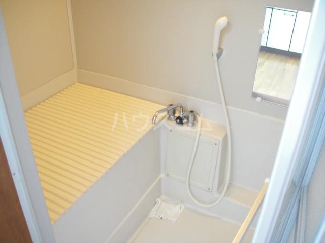ハイツアイリス 102号室の風呂