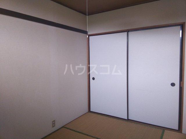 コーポ青山 2-2号室のベッドルーム