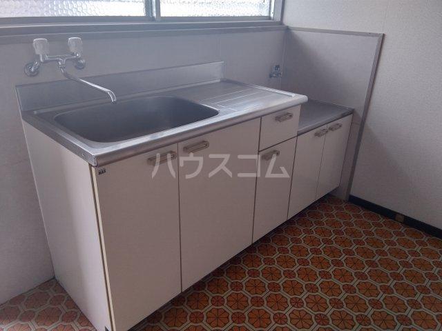 コーポ青山 2-2号室のキッチン
