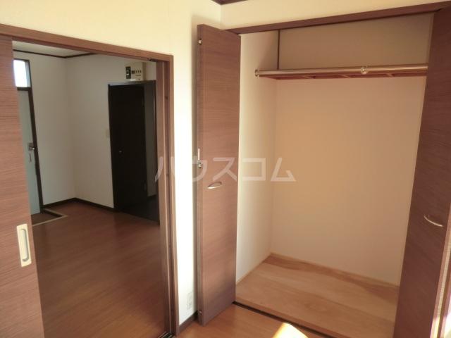 コーポ青山 2-3号室の収納