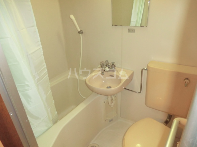 三沢ハイツ 305号室の風呂