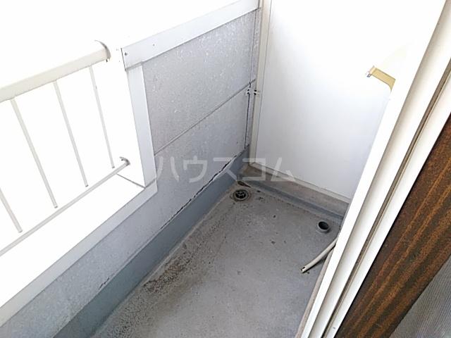 さくらハイツ 203号室のバルコニー