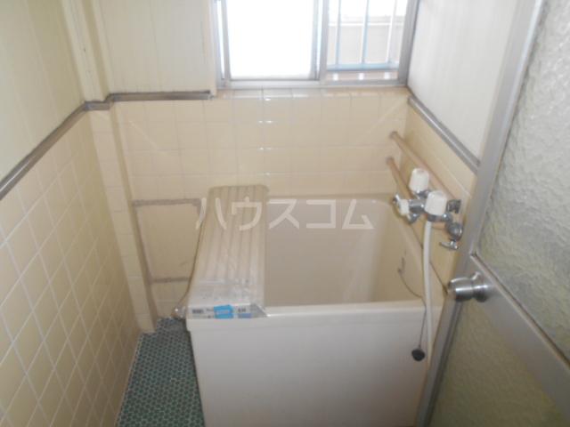 ニューサンシャインホリコシ 302号室の居室