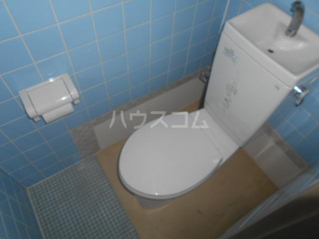 ニューサンシャインホリコシ 302号室の風呂