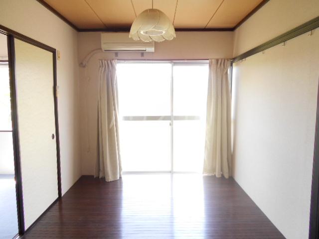 石川ハイツB 103号室の
