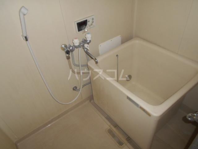 石川ハイツB 103号室の風呂