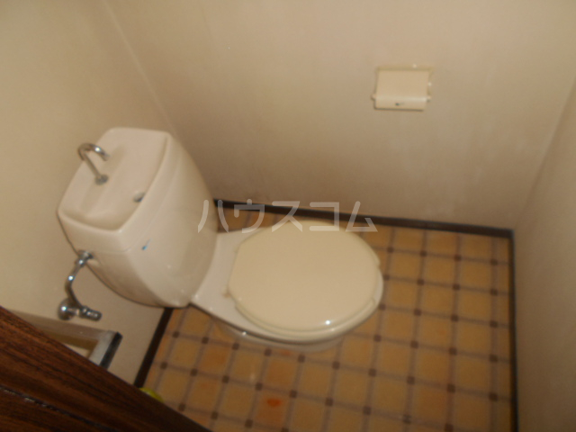 石川ハイツB 103号室のトイレ