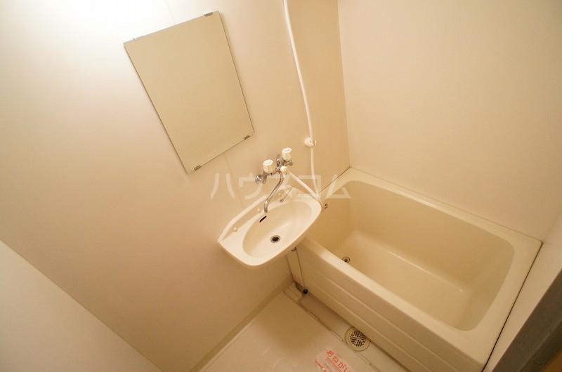 リヴィエールY 02020号室の風呂