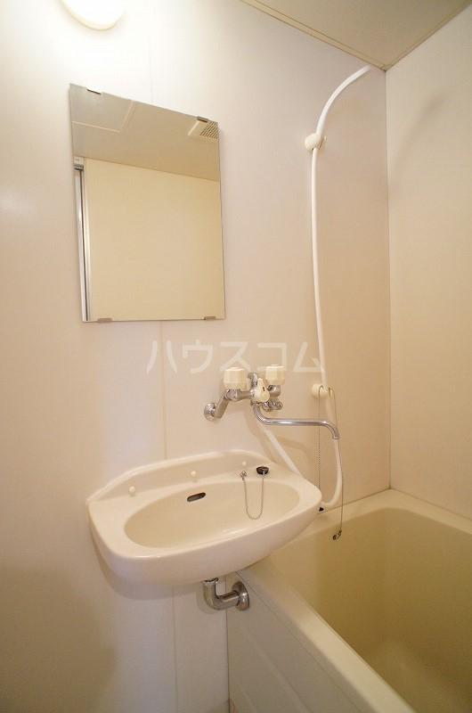 リヴィエールY 02020号室の洗面所