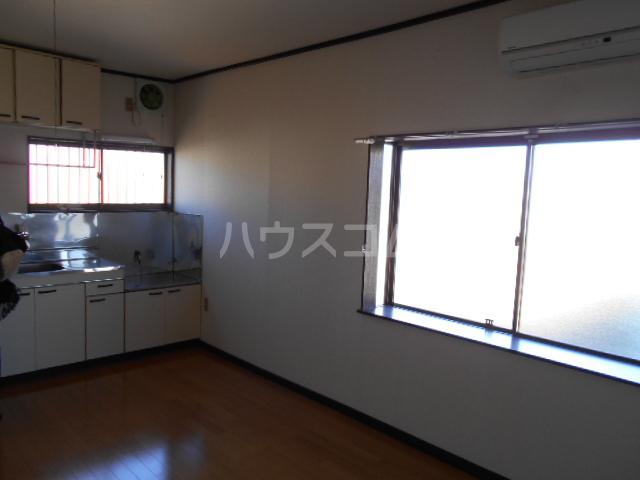 メゾンヤシマ 201号室のバルコニー