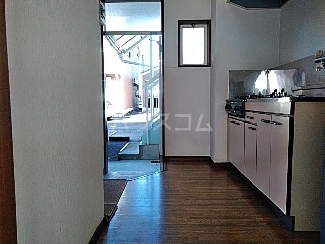 アルザス三番館 210号室のキッチン