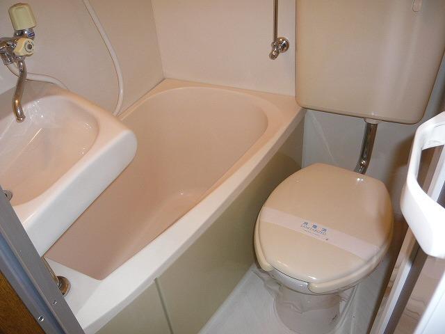 シェルコート井野 205号室の風呂