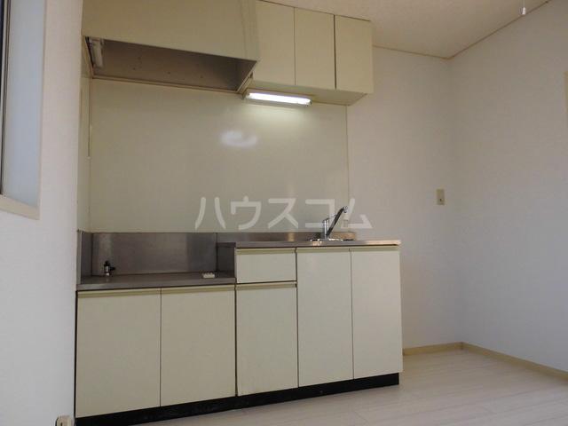 コーポレート前箱田 201号室のキッチン