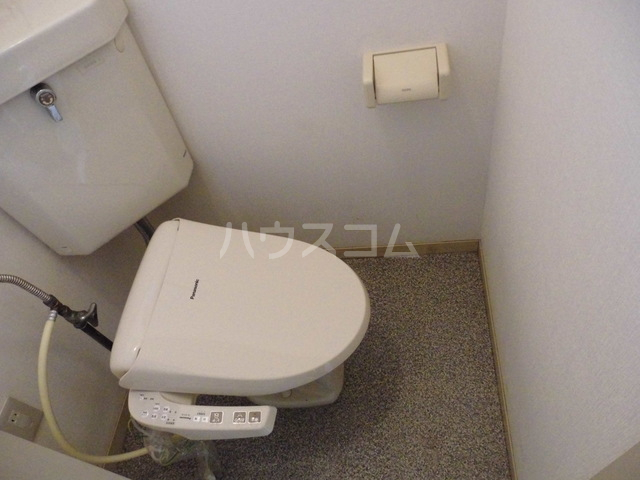 コーポレート前箱田 201号室のトイレ