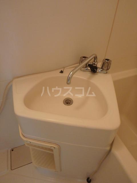 コーポレート前箱田 201号室の洗面所