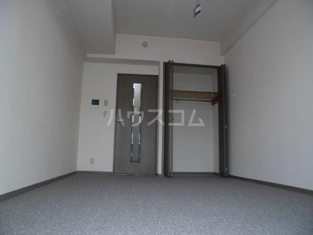 コスモ前橋昭和町 211号室のリビング