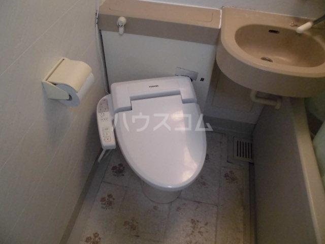 コスモ前橋昭和町 211号室のトイレ