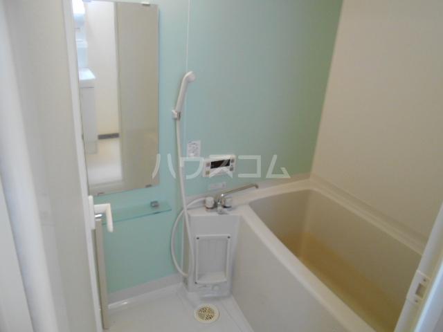 セントフィールド 106号室の風呂