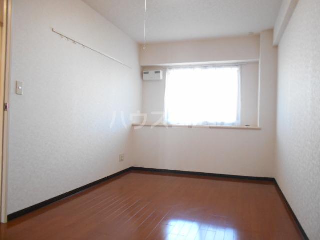 セントフィールド 106号室の居室