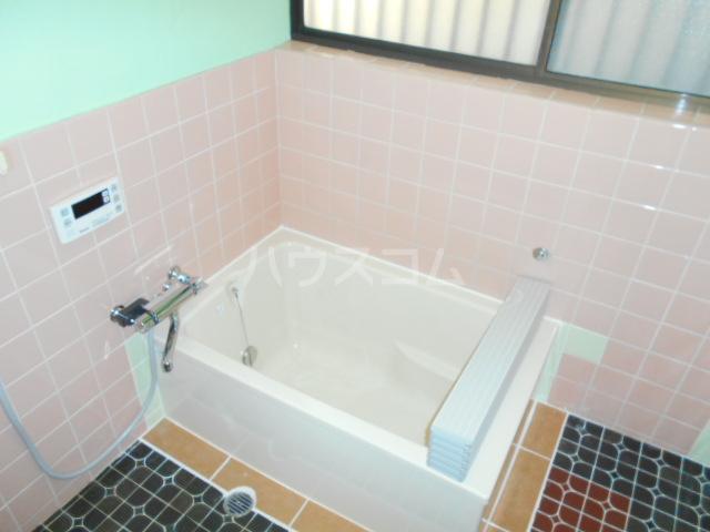 曙町4丁目貸家の風呂
