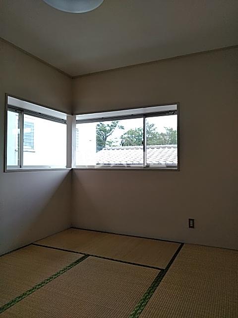 ウッディハイツ富田 103号室の居室