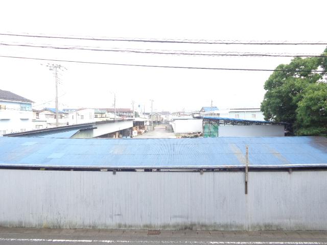 ロイヤルマンション西片貝 02030号室の景色