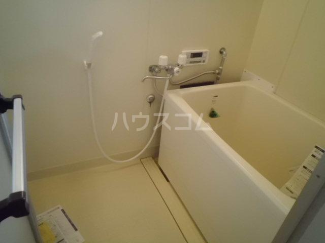 パヴィヨン1 203号室の風呂