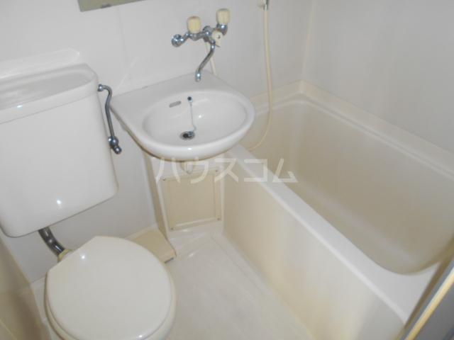 ウイングマンション 101号室の風呂