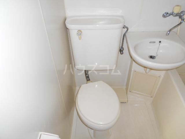 ウイングマンション 101号室のトイレ