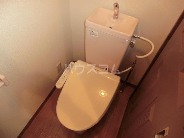 メゾン・キンレイⅡ 102号室のトイレ