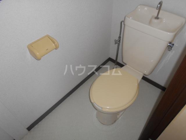 富士ハイツF棟 202号室のトイレ