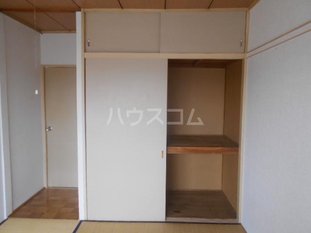 富士ハイツF棟 202号室の収納
