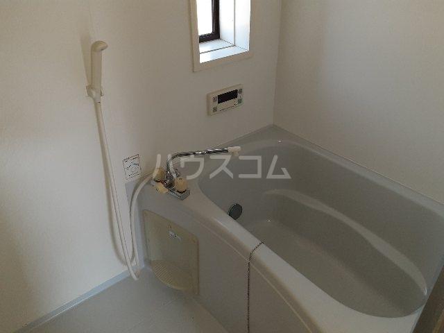 N.HラッキーハイツB 201号室の風呂