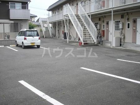 パナハイツKIYOFUMI 203号室の駐車場