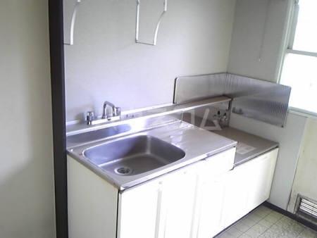 パナハイツKIYOFUMI 203号室のキッチン