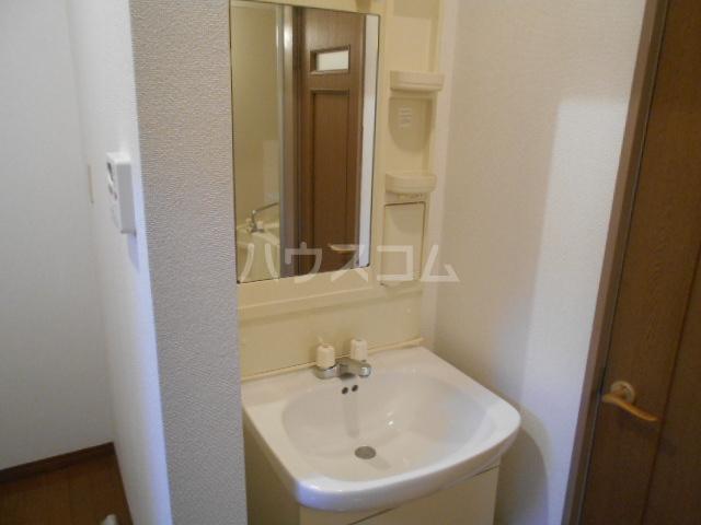 スズランハイツAⅠ 203号室の居室