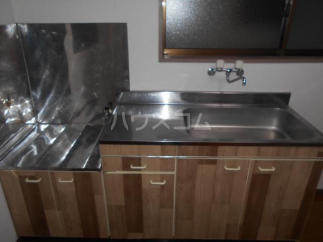 スズランハイツAⅠ 203号室のキッチン