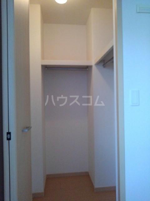 シェーネB 02010号室の収納