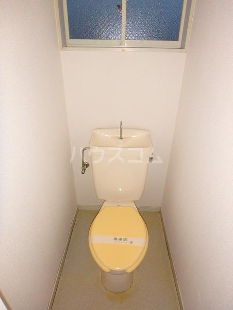アルファレス昭和町 201号室のトイレ