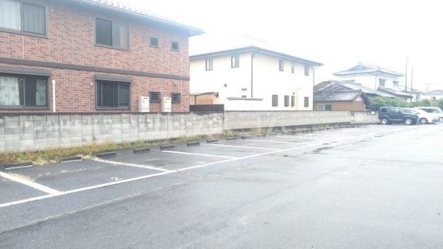ラ・クレベールA 101号室の駐車場
