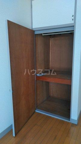 ハイツカトレア 205号室の収納