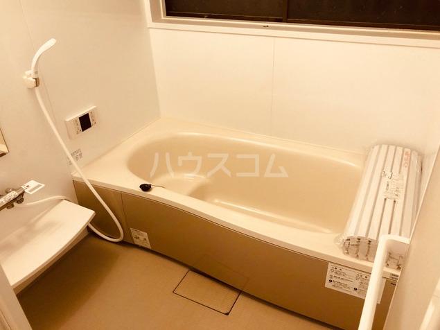 石原戸建ての風呂
