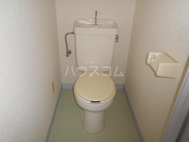 ハイツ篠崎Ⅰ 105号室のトイレ