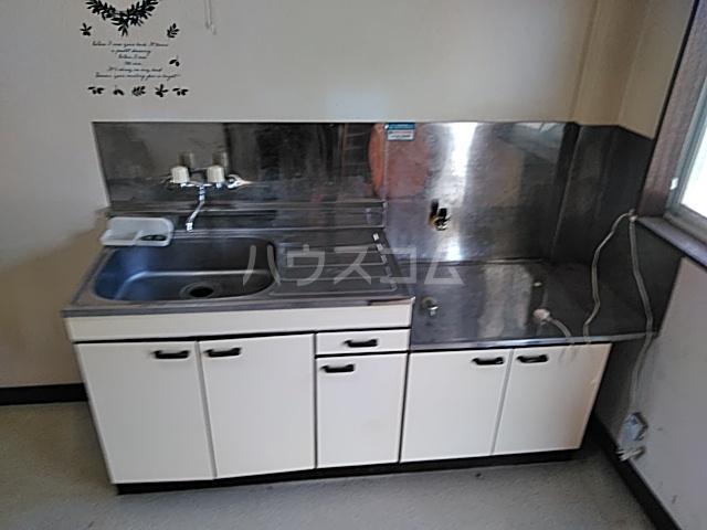 ミヤマコーポⅡ 202号室のキッチン
